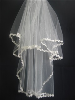 Smart Elbow Wedding Bridal Veils With Applique Edge