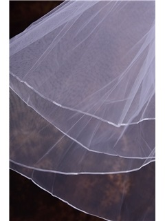 Modern Short Ribbon Edge Wedding Veil