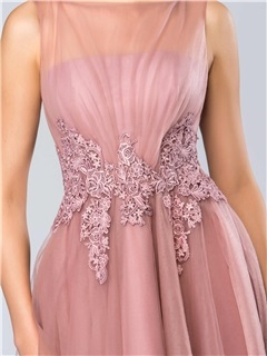 Dazzling Bateau Neckline Appliques Knee-Length Homecoming Dress Designed