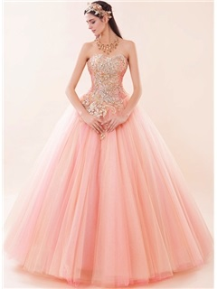 Dramatic Sweetheart Appliques Beaded Lace Up Ball Gown Quinceanera Dress