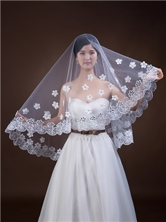 New Style Fingertip Appliques Flowers Wedding Veil