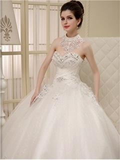 Sweetheart Ball Gown Lace Appliques Beaded Wedding Dress