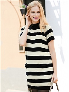 Fashion Striped Short Sleeve Knitted Maternity Sweater