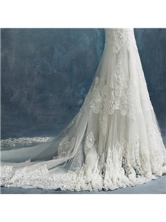 Sheer Scoop Neck Long Sleeves Mermaid Court Lace Wedding Dress