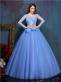 Vintage Scoop Neck Long Sleeve Appliques Lace Quinceanera Dress