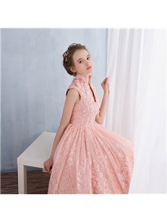 Pretty V-Neck Appliques Lace Junior Prom Dress