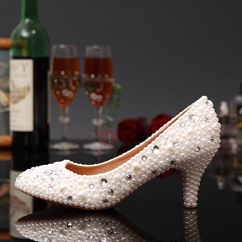 Beaded Round Toe Slip-On Wedding Shoes