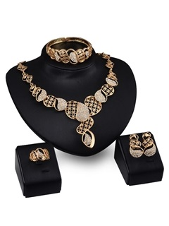 European Style Hollow Alloy Women Jewelry Set