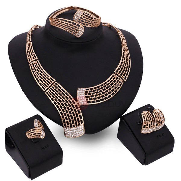 Graceful Alloy Hollow Women Jewelry Set