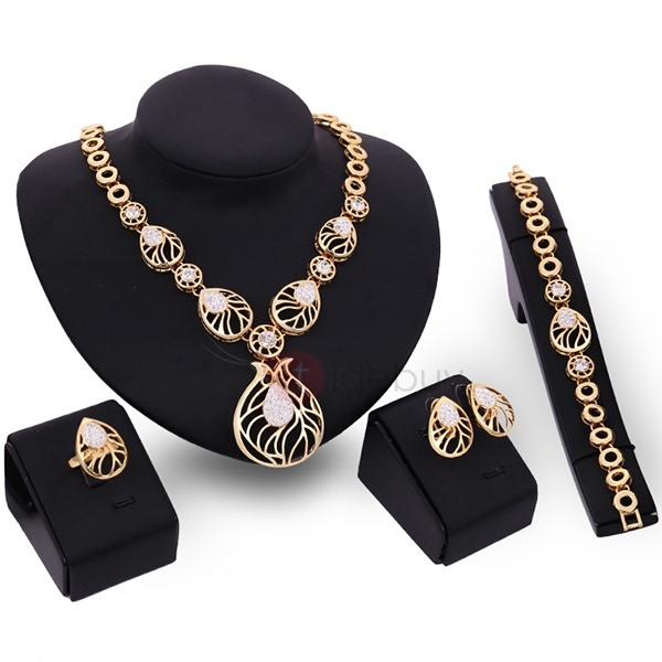 Beautiful Hollow Women Jewelry Set
