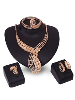 Graceful Peacock Hollow Out Women Jewelry Set