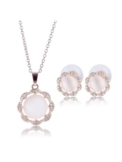 Chic Pearls Inlaid Women Jewelry Set