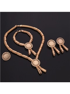 Fashion Exaggerated Gold Jewelry Set