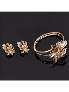 Golden Flowers Diamante Jewelry Set