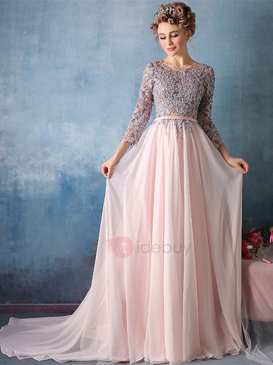 Exquisite A-Line Scoop 3/4 Length Sleeves Appliques Court Train Evening Dress