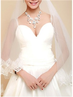 Charming Waltz Wedding Bridal Veils with Lace Flowery Edge
