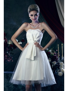 Luxurious A Line Strapless Knee Length Bowknot Dashas Wedding Dress