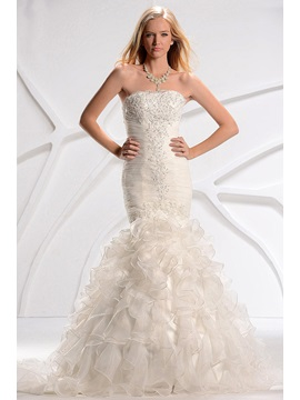 Amazing Trumpet Mermaid Sweetheart Court Train Slim Ruffles Fall Wedding Dress
