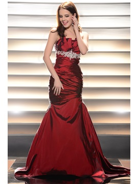 Elegant Mermaid Scalloped Edge Appliques Lace Up Ruched Long Evening Dress