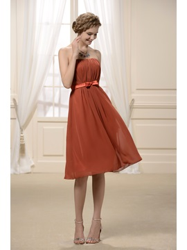 Strapless Rouched A Line Strapless Knee Length Hot Sell Bridesmaid Dress