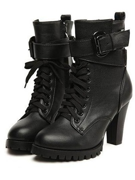 Deluxe Black Pu Upper Chunky Heels Ankle Boots With Ankle Straps