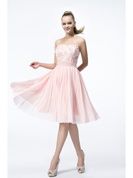 Lovely A Line Sweetheart Flowers Beading Knee Length Homecoming Dress