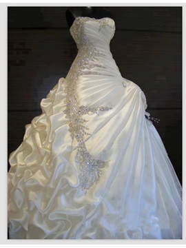 Exquisite Beaded Sweetheart A Line Pick Ups Wedding Dress