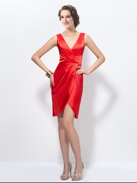 Sensual V Neck Pleated Sheath Short Bridesmaid Dress