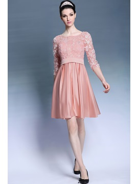 Captivating Scoop Neckline Lace Half Sleeves Knee Length A Line Homecoming Party Dress