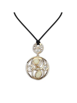 Artistic Europe Style Round Shape Cut Outs Gemstone Necklace Beige