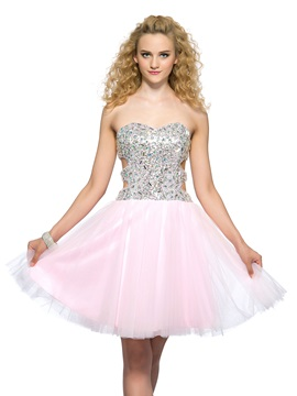 Modern A Line Sweetheart Beading Hollow Out Short Mini Homecoming Dress