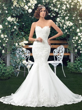 Sweetheart Lace Appliques Lace Up Mermaid Wedding Dress Including The Crystal Belt
