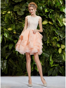 Cute Scoop Neck Lace Tiered Button A Line Short Prom Dress