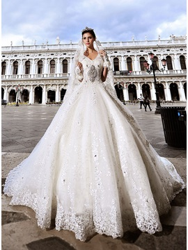 Luxurious Rhinestone Beaded V Neck Lace Ball Gown Cathdral Wedding Dress