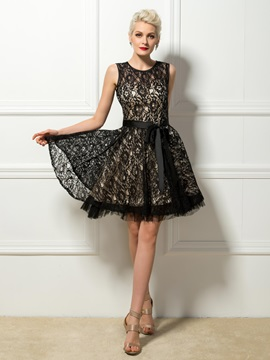 Delicate Jewel Neck Sashes Black Lace Knee Length Cocktail Dress