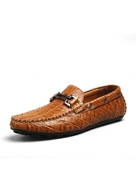 Metal Decorated Embossed Quilted Moccasin Gommino