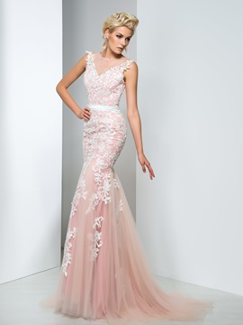 Elegant Sheer Neck Lace Appliques Long Mermaid Evening Dress