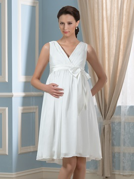 Sleeveless Empire Maternity Wedding Dress