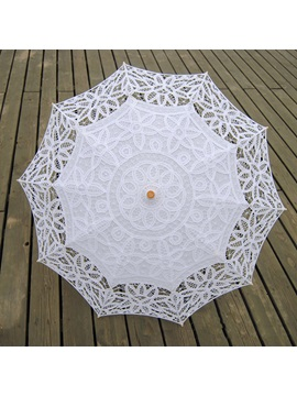 Charming White Lace Wedding Umbrella