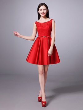 Above Knee Bateau Neck Lace Top Red Satin Bridesmaid Dress