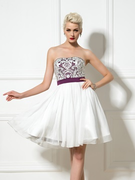 Modern Sweetheart Sequined Beading A Line Lace Short Cocktail Dress