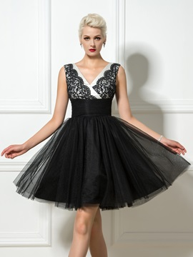 Fancy V Neck Lace Tulle A Line Little Black Dress