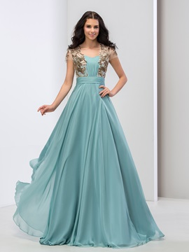 Elegant Sweetheart Sequined Appliques Pleats Short Sleeves Long Prom Dress