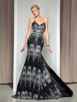 Fashion Spaghetti Straps V Neck Watteau Train Long Mermaid Sequined Evening Dress