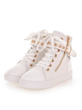 Rivets Round Toe Lace Up Sneakers