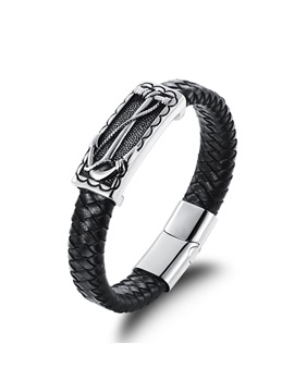 Vogue Titanium Steel Decorated Mens Bracelet