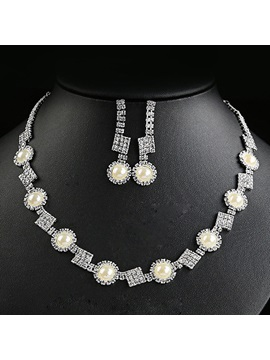 Pearls Rhinestone Decorated Jewelry Set