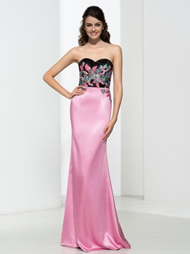 Sweetheart Appliques Hollow Sheath Evening Dress