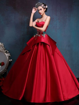 Vintage Strapless Appliques Tiered Lace Up Ball Gown Dress