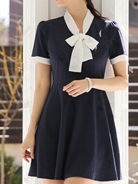 Contrast Color Short Sleeve Skater Dress With Bowknot